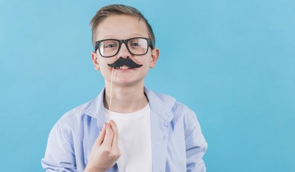 moustache-props